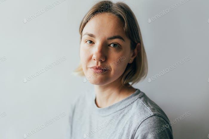 retrato de una mujer de treinta y cinco años