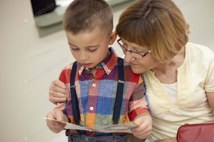Reading with grandma at school