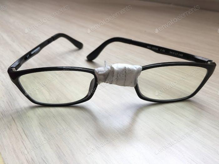 Gafas, gafas rotas