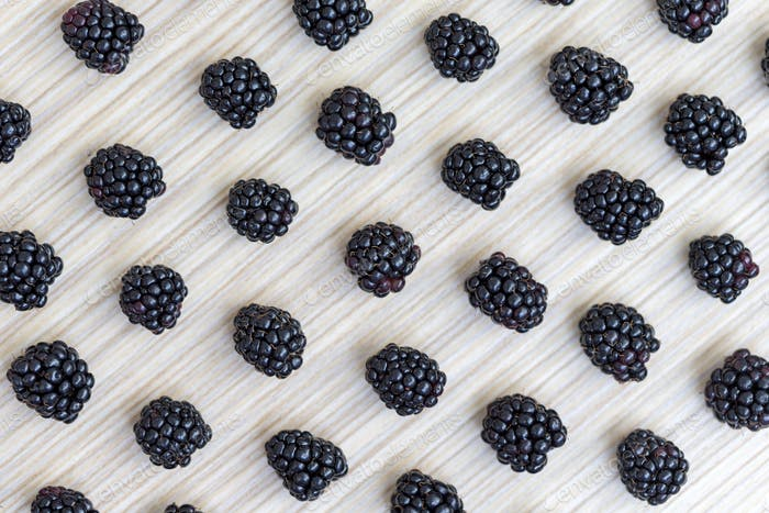 Blackberry diagonal pattern, flatlay point of view