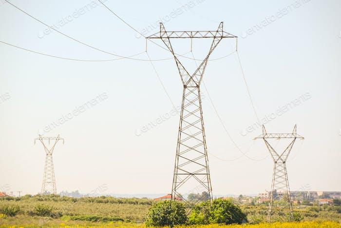 Stromleitung Energie Säulen