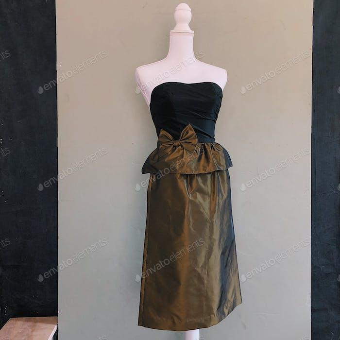 A dress on a mannequin.