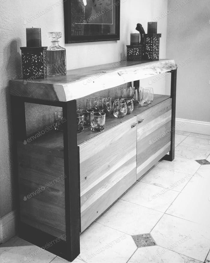 Custom cabinet made by STATUSWOOD