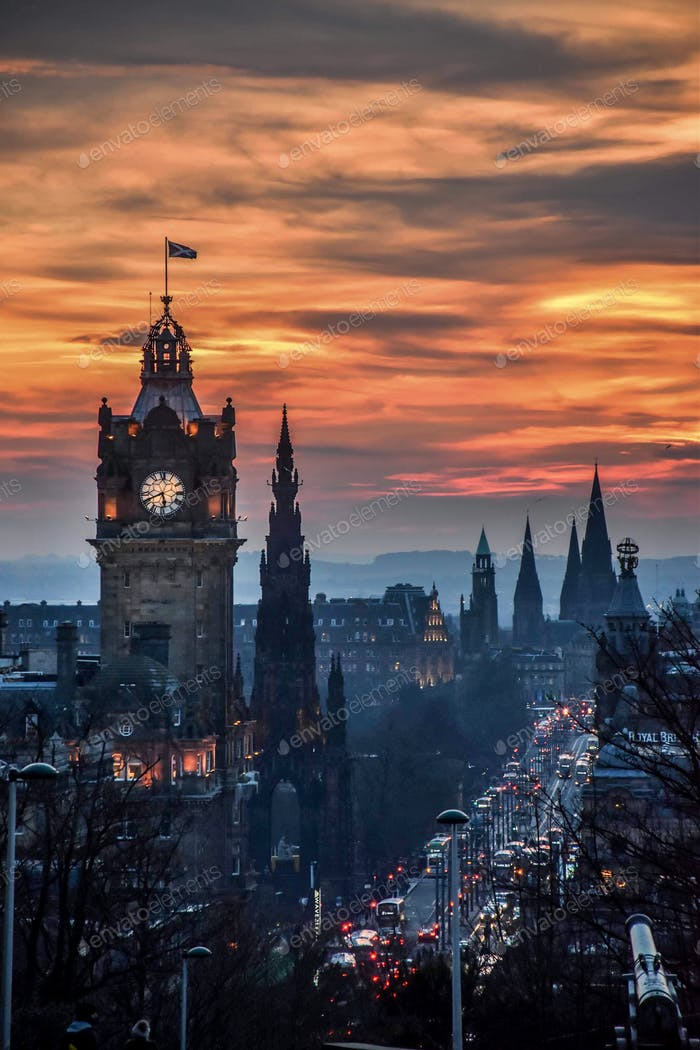 Sunset in Calton Hill, Edinburgh