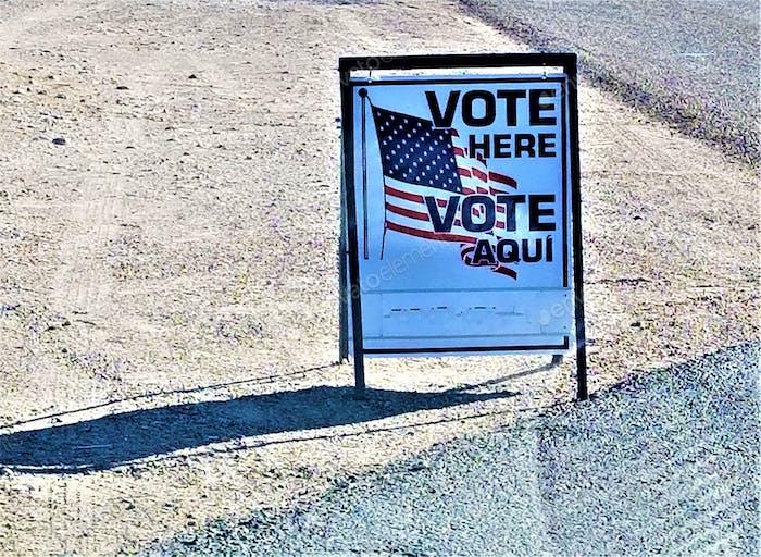 ABSTIMMUNG! Wahltag, November. Stimme hier ab!