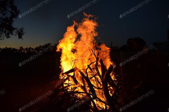 simple bonfire