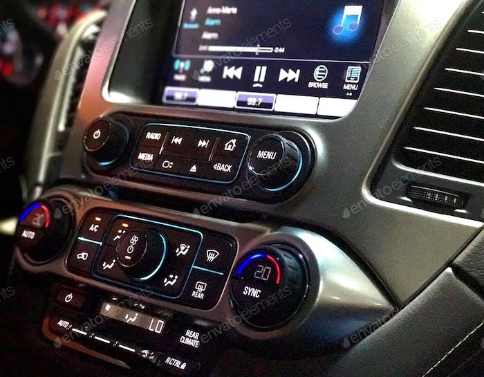 Equipo estéreo del coche