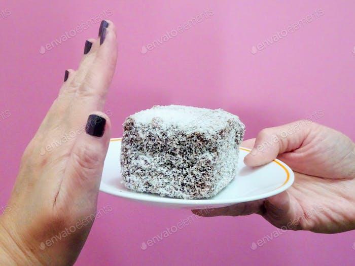 Stoppen Sie jetzt, vielen Dank 🎶 Sag einfach NEIN zu diesem Kuchen, und all dem Zucker!!! 🙅. Han der Frau