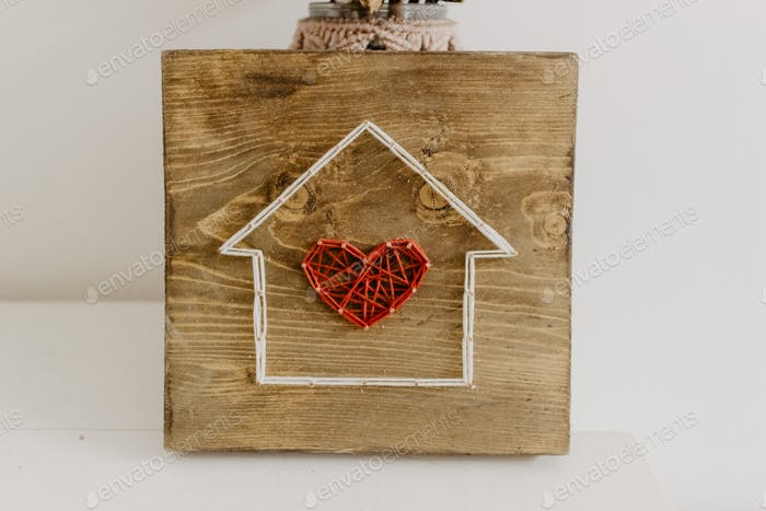 Crafted heart house decoration