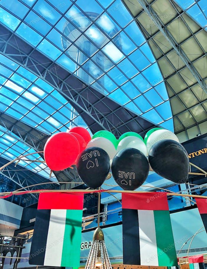 Vereinigte Arabische Emirate feiert Spirit of The Union 47 Farben der VAE fag in Ballons Patriotisch